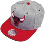 Mitchell & Ness and Chicago Bulls NP64Z Heather Grey Strapback Cap Basecap